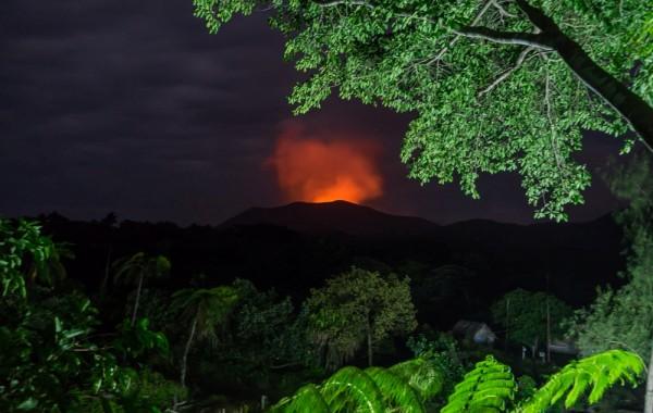 vanuatu-tanna-tree-house-volcano-06195