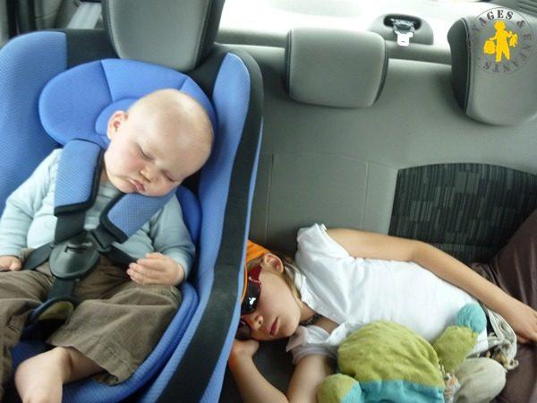 Partir en vacances en voiture lorsqu'on a 3 enfants